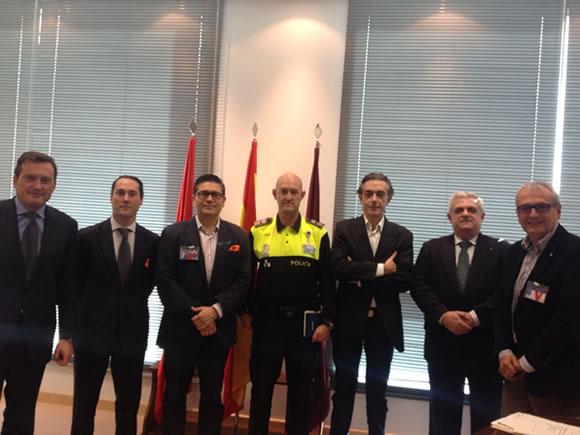 Vicente Pizcueta y Miguel Angel Santa de Noche Madrid, participaron en la reunión con el Coordinador de Seguridad y el Inspector Jefe de la Policía Municipal.